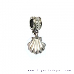 Charm silver shell of Compostela