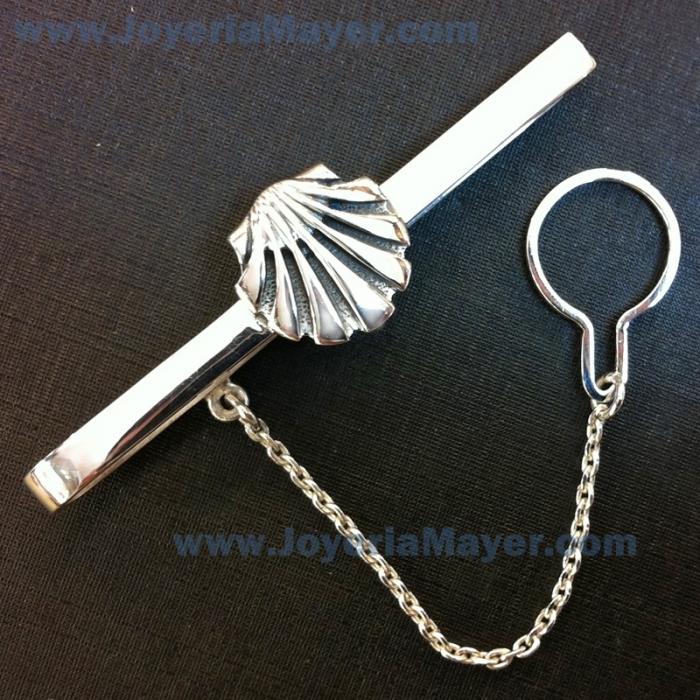 Pasador de corbata de plata concha Compostela